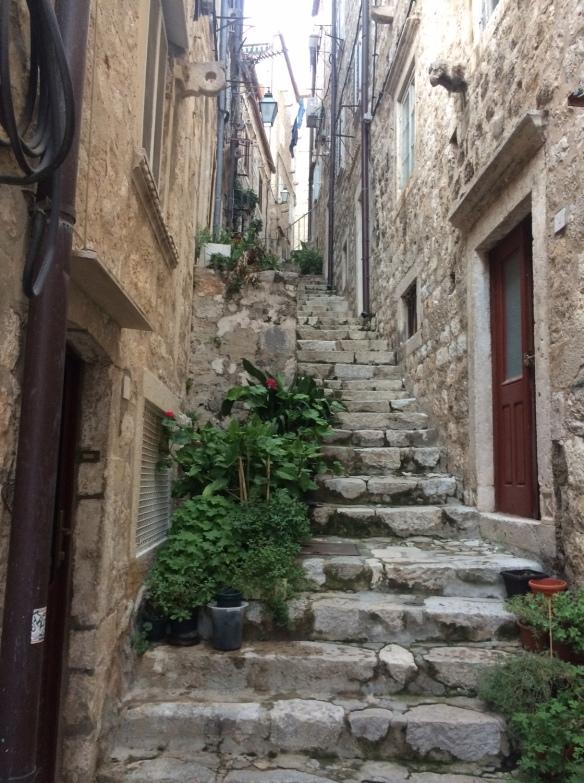 Dubrovnik - Petri Apartment street