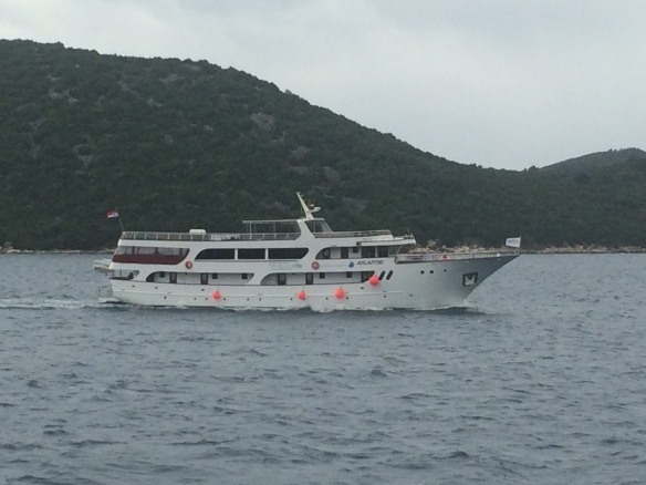 Sister ship to Apolon - 6m shorter